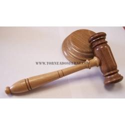 Mazo de juez de Nogal
